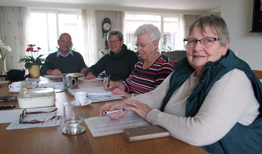 Enkele leden van alleenstaandengroep Samen Verder.