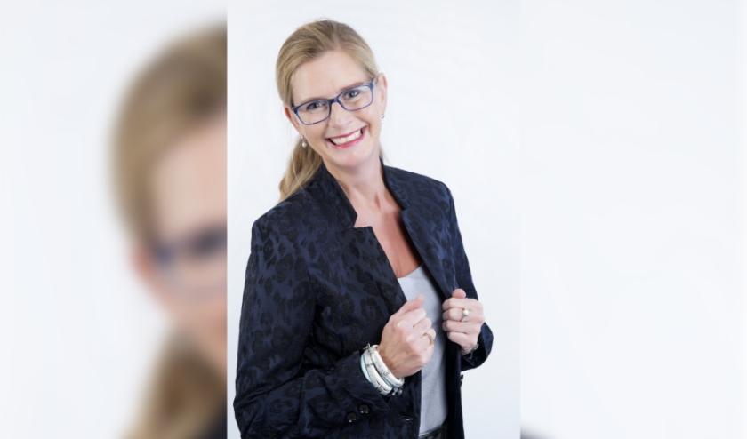 Annemieke Kirch