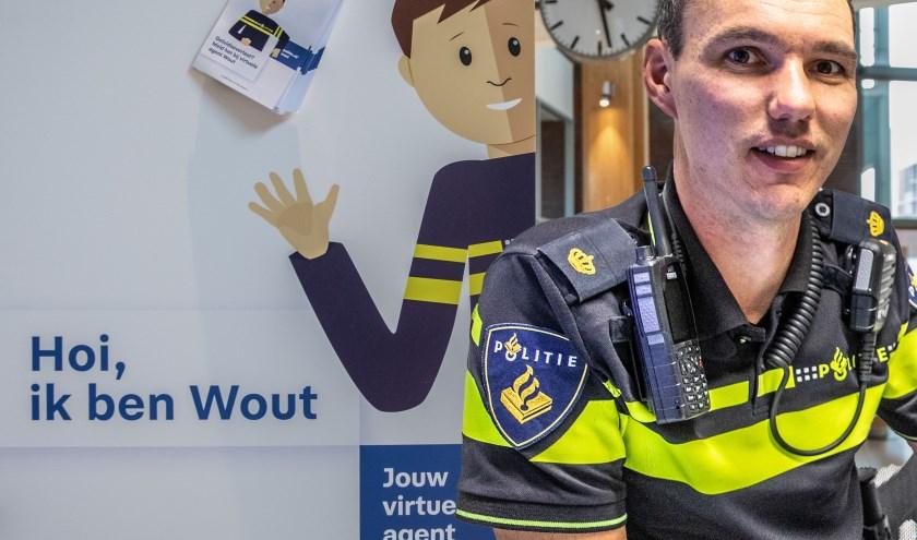 Remco Aagtjes van Politie regio Oost Nederland zit in het team dat chatbot Wout heeft ontwikkeld.