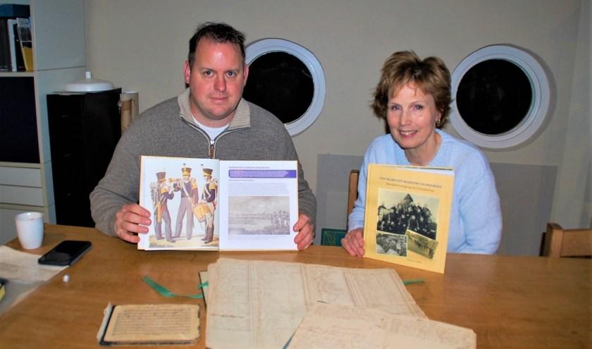 Stijn van Es en Nicoline van Tiggelen maakten een fraai boek over de 170-jarige geschiedenis van muziekvereniging De Vriendschap.