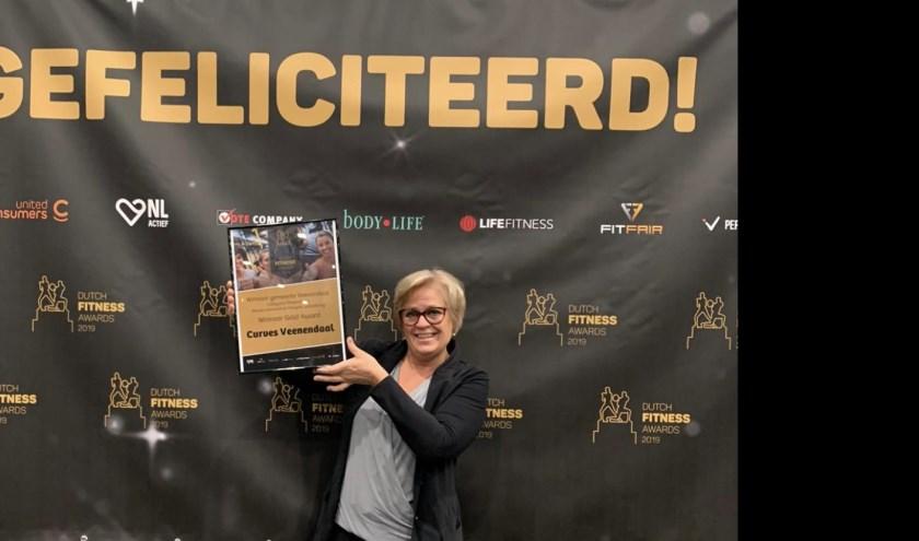 Ingrid Luteijn met haar DFA beste fitnessclub van Veenendaal