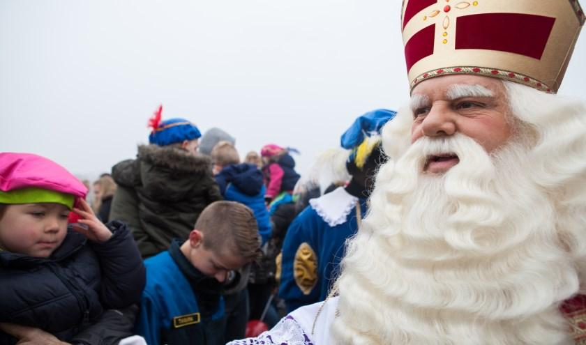 Sint zet ook dit jaar weer voet op Capelse bodem. (Foto: Kaat Stieber)