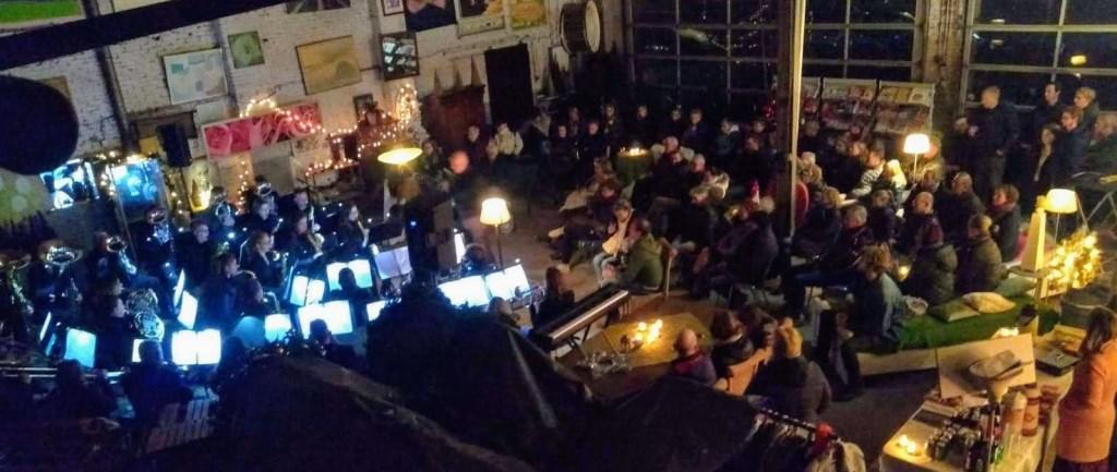 Concert op een bijzondere lokatie Foto: Caecilia © DPG Media