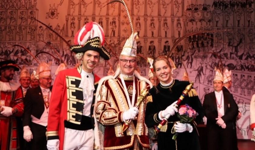 Adjudant Tijmen, Prins Remco I en Page Simone