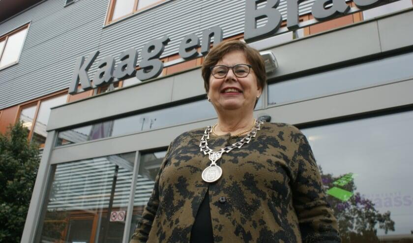 <p>Marina van der Velde-Menting draagt na 11 elf jaar het stokje over als burgermoeder. Foto: archief</p>