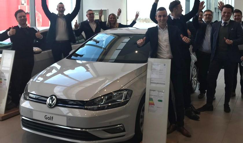 Autobedrijf Van den Udenhout heeft van 22 tot en met 24 november diverse uitverkoop-acties.