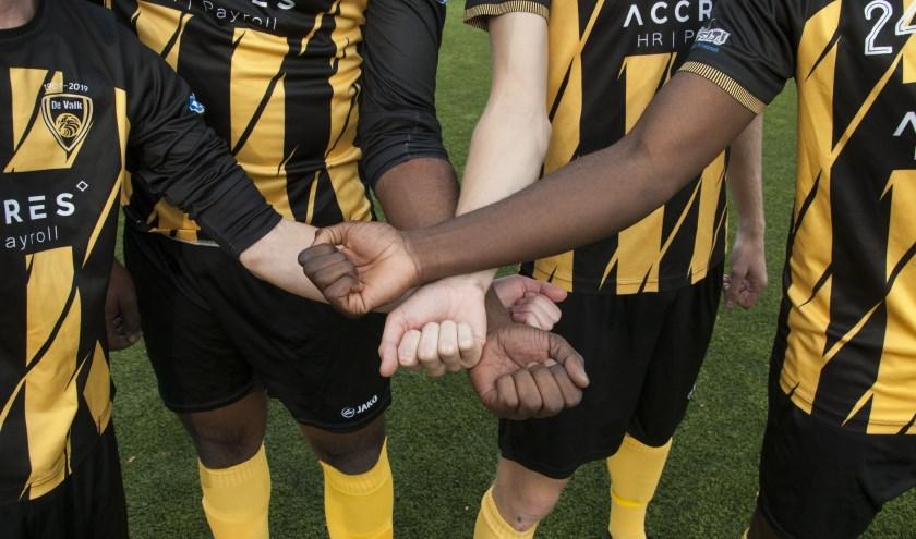 Ook De Valk maakte afgelopen zondag een statement tegen racisme.