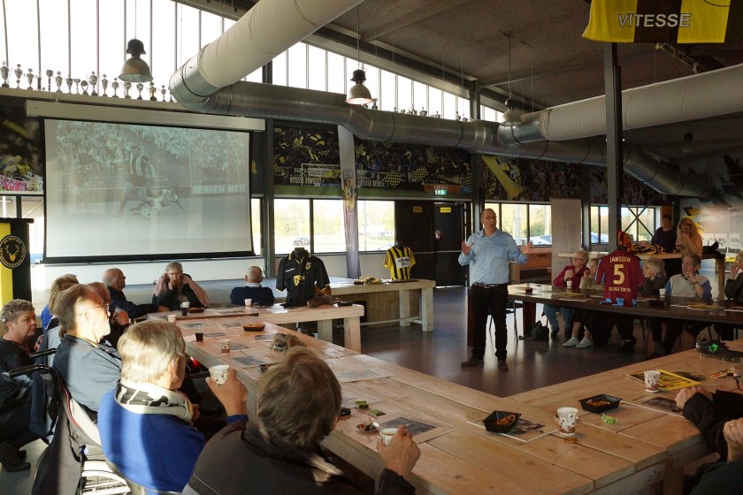 Ferry Reurink over 'Vitesse in de jaren 70' tijdens bijeenkomst Football Memories