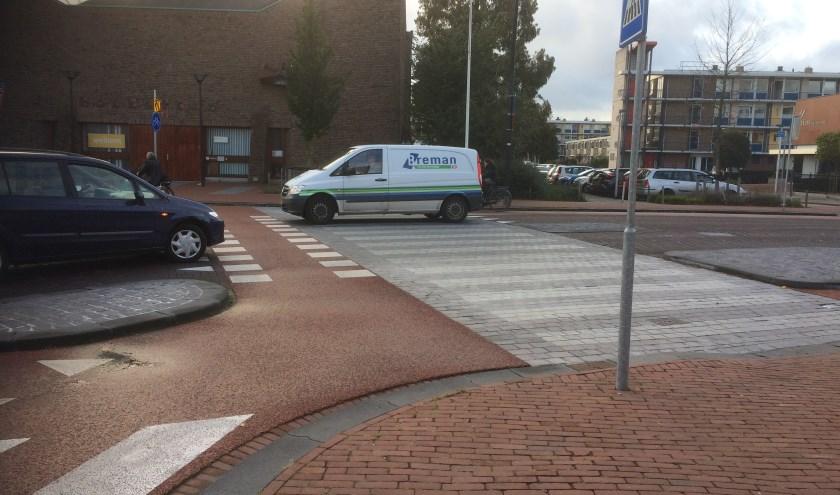 'Deze 30 km-zone is een fictie waardoor er grote gevaren ontstaan voor voetgangers en fietsers: de zwakke verkeersdeelnemers.'