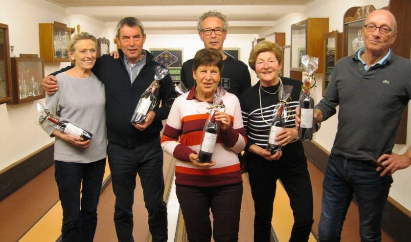 De winnaars Thea Geerts,Theo ter Braak, Tinie Jansen, Stephan Weikamp, Henriëtte Fukking en Bert Alberts.