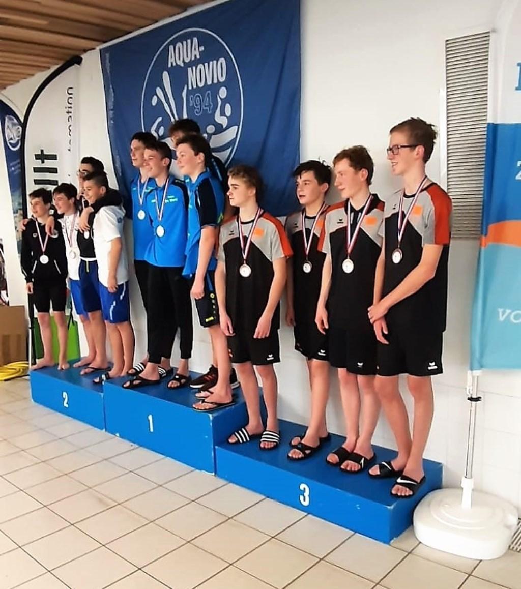 De jongensploeg junioren 4 van RZC veroverde na een spannende strijd een bronzen medaille. Foto: RZC © DPG Media