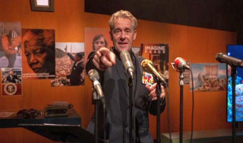 Als Minister van Enthousiasme komt Peter Heerschop binnenkort naar het Theaterhotel in Almelo. (foto: Jantje Geldof )