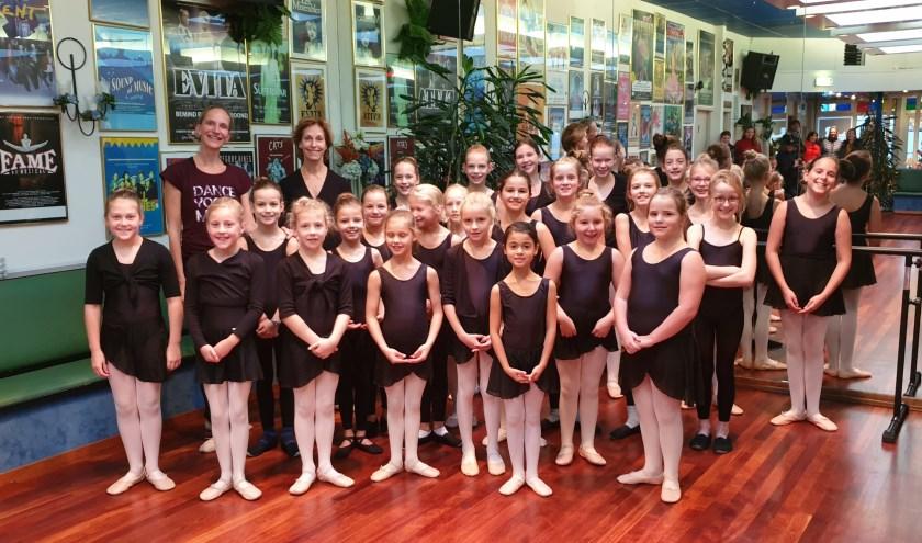 Eerst was er een balletles voor de 7 t/m 9 jarigen.