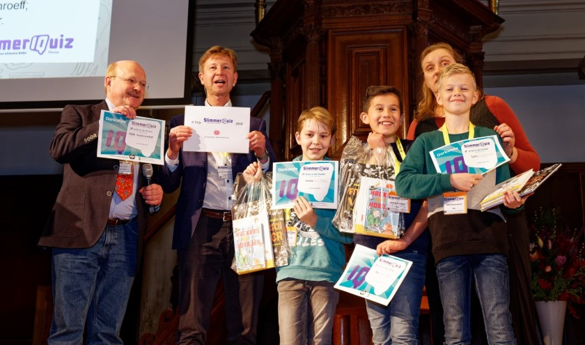 Lucas ten Wolde, Bas van Veen en Lars Langbroek bij de prijsuitreiking