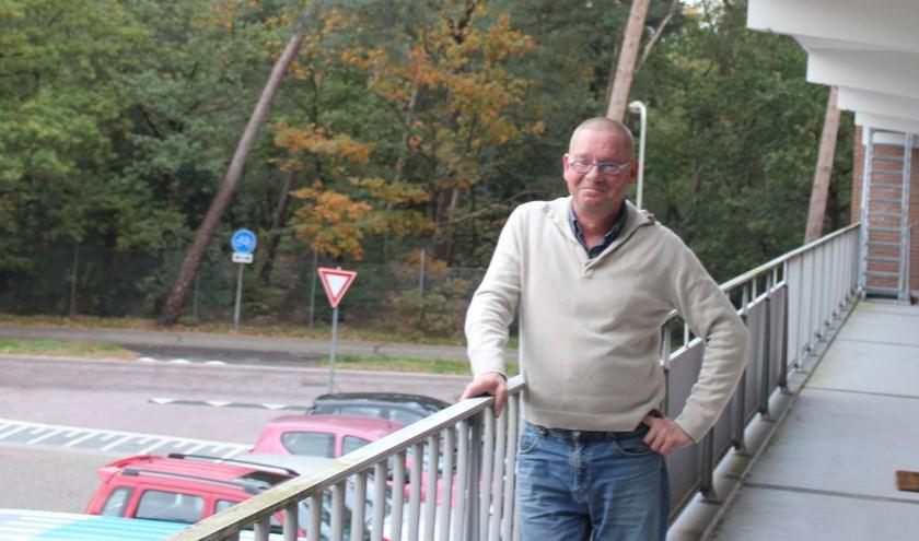 Dave Haagen woont al jaren op de Schermerslaan. FOTO en tekst Rutger van den Hoofdakker