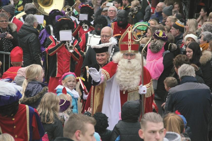 Aankomst Sinterklaas op het Dorpsplein vorig jaar.