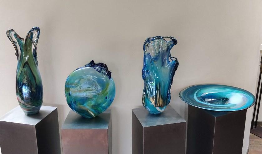 Getoonde glaskunstwerken tijdens open atelierweekend. Foto: Edwin Lenderink.
