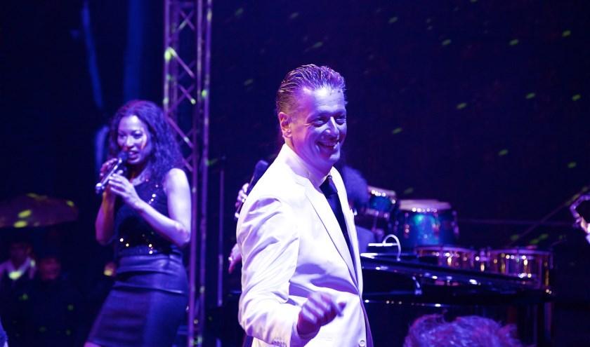 Lex van Wel (53) brengt de show Disco Inferno naar'zijn Eindhoven'. (Foto: Joachim von Ramin).