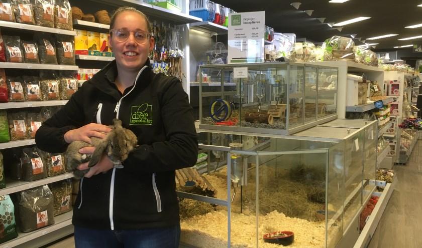 Liefde voor dieren kreeg Nathalie van huis uit mee. Ze groeide op met alle soorten kleine huisdieren. (foto: Karin van der Velden)