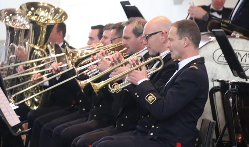 Het anjerconcert van de Fanfare van de Bereden Wapens uit Vught gaf een mooi concert voor de veteranen van Culemborg.