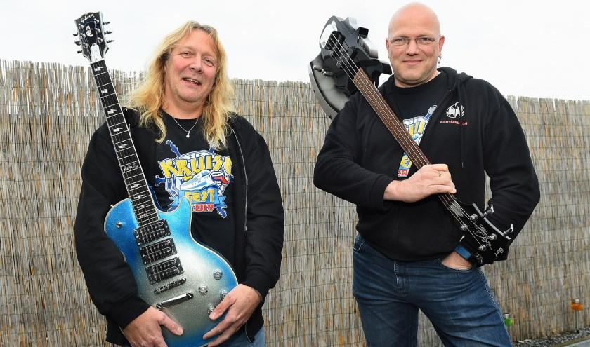 Maarten van Schoorl en Erik Schut. (foto: Roel Kleinpenning)
