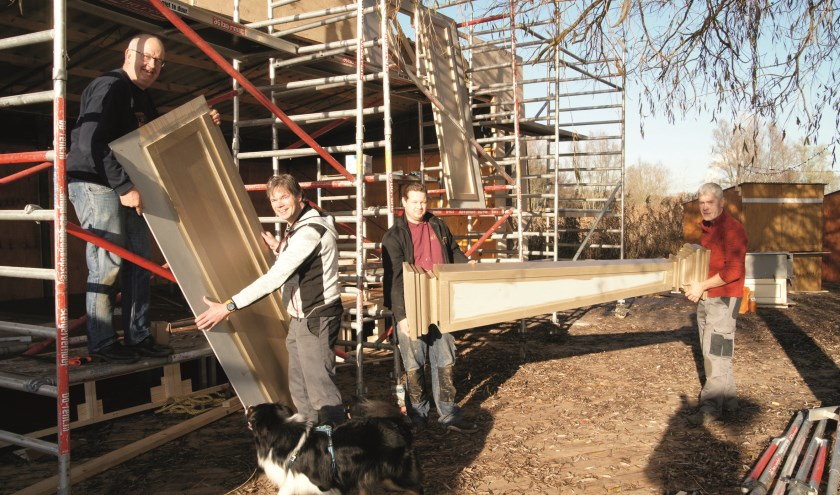 De afgelopen weken is er volop gebouwd aan Dickens in de Liemers in het Horsterpark. Vrijdag is de opening.