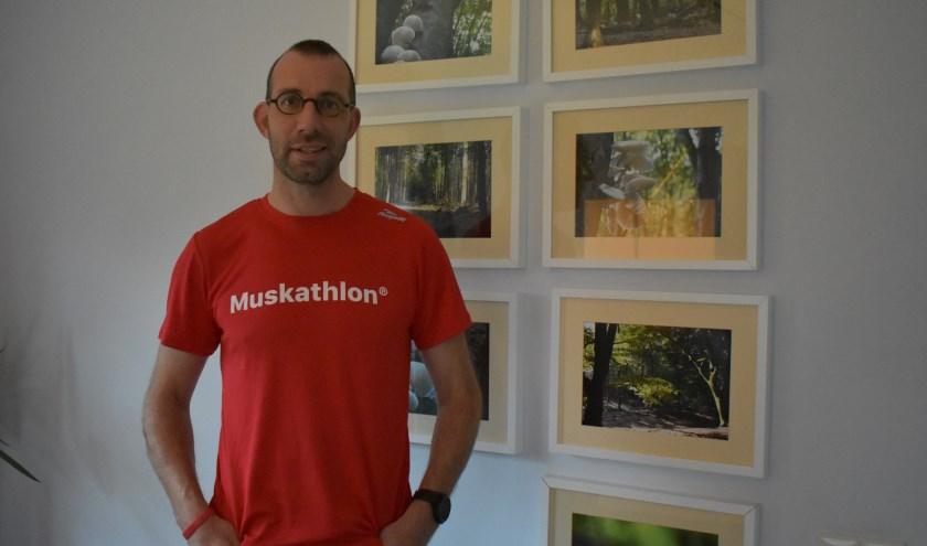 Jan Noeverman uit Rijssen loopt in volgend jaar 63 kilometer tijdens de Muskathlon in Zuid-Korea. (Foto: Van Gaalen Media)