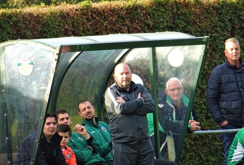 WVV Wageningen en hoofdtrainer Marco Rou zijn tevreden met elkaar. Dat blijkt zeker uit het feit, dat onlangs het contract van Rou met twee jaar is verlengd.