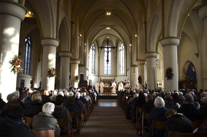 Feestelijke viering in de Andreaskerk Zevenaar.
