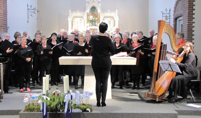 Gemengd koor Polyhymnia uit Sint-Oedenrode geeft zondag 15 december een concert in de Martinuskerk.
