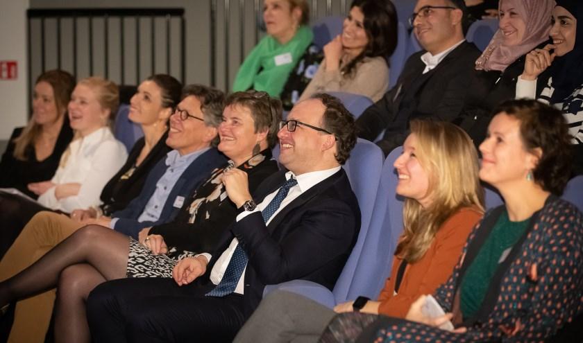 Minister Koolmees (Sociale Zaken en Werkgelegenheid) bracht maandag 9 december een werkbezoek aan het project We8Match in de gemeente De Bilt. FOTO: Hans Lebbe