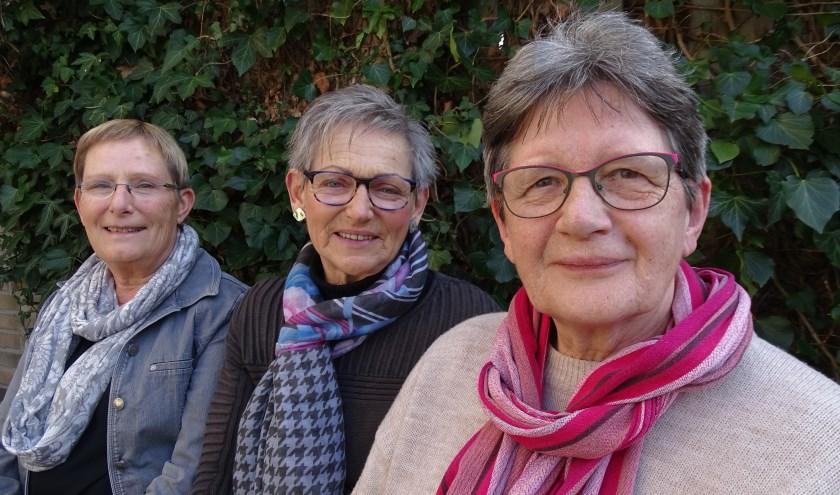 Drie vrouwen uit het klankbordteam van de afdeling Oudewater. V.l.n.r. Coby Kuiper, Anneke Broekhuizen en Bep Sluis (Foto: Margreet Nagtegaal)