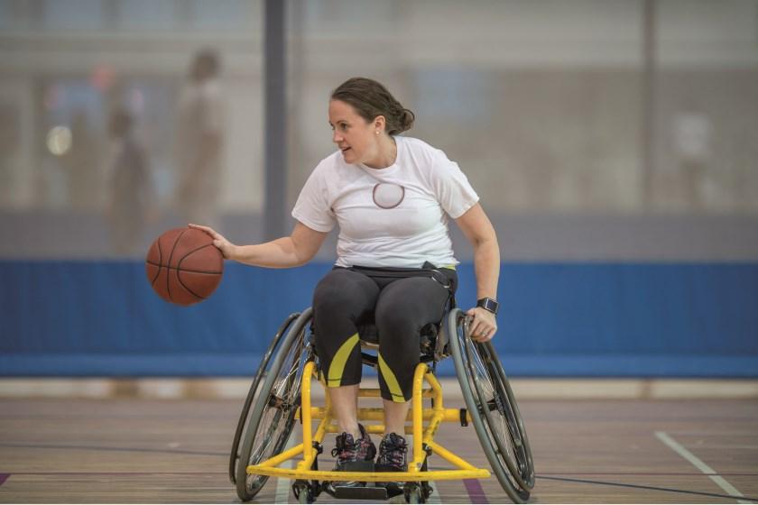 Sportrolstoel voor bijvoorbeeld rolstoelbasketbal.