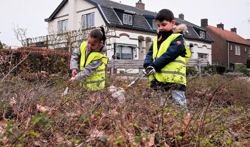<p>Op 20 maart gaan overal in het land mensen de straat op om zwerfafval op te ruimen in de eigen wijk of buurt. Ook Hengelo doet mee. (Archieffoto)&nbsp;</p>