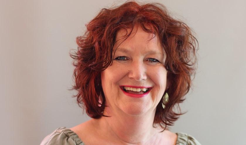 Jolanda de Ruiter raakte op haar 54e werkloos, maar vond toch haar droombaan via vrijwilligerswerk bij DeBroekriem.