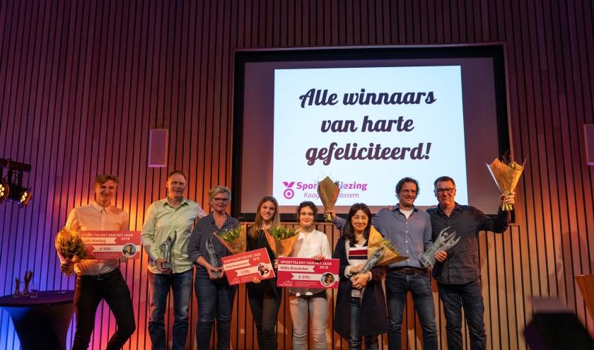 Harriët Bijl en voormalig topsporters Sanne van der Star, Karin Legemate, Ronald van den Ing en Renz Rotteveel presenteerden de bijeenkomst