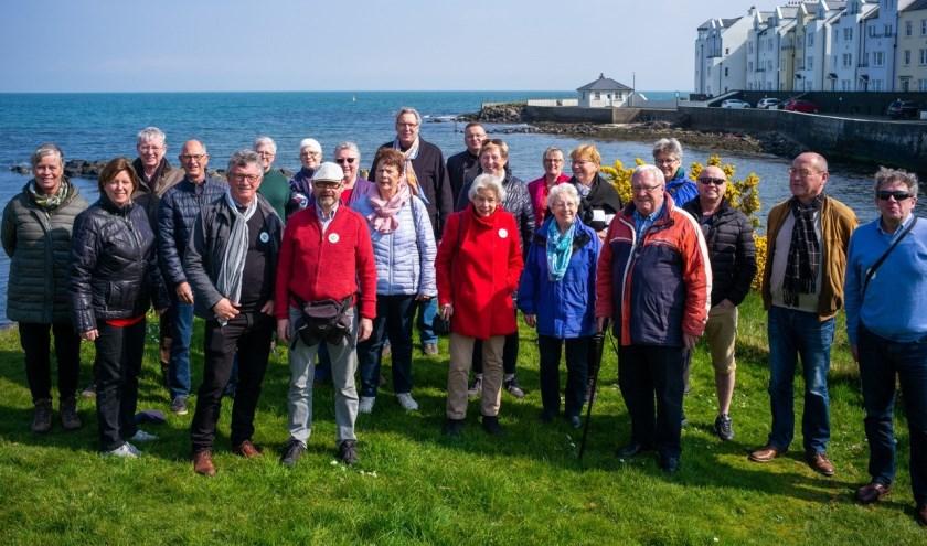 Gastouders en werkgroepleden van de toenmalig HuNi die in de periode 1983-1989 jongeren uit Noord-Ierland 3 weken vakantie boden, gingen op tegenbezoek om de cirkel rond te maken.