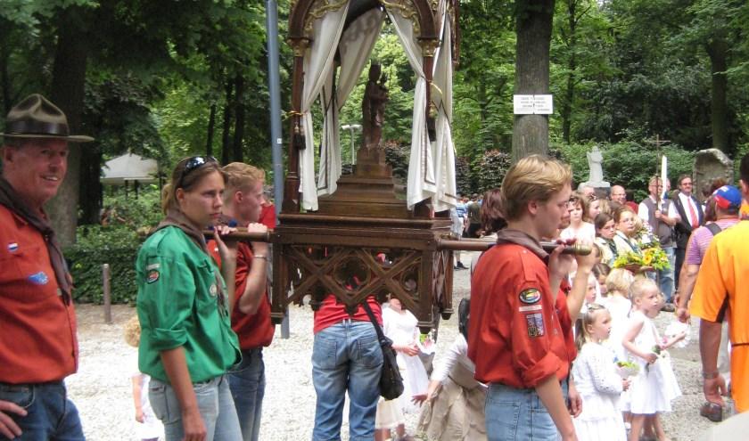 De Handelse processie wordt dit jaar gehouden op 22 en 23 juni. Het vertrek is zaterdagochtend om 6.00 uur.