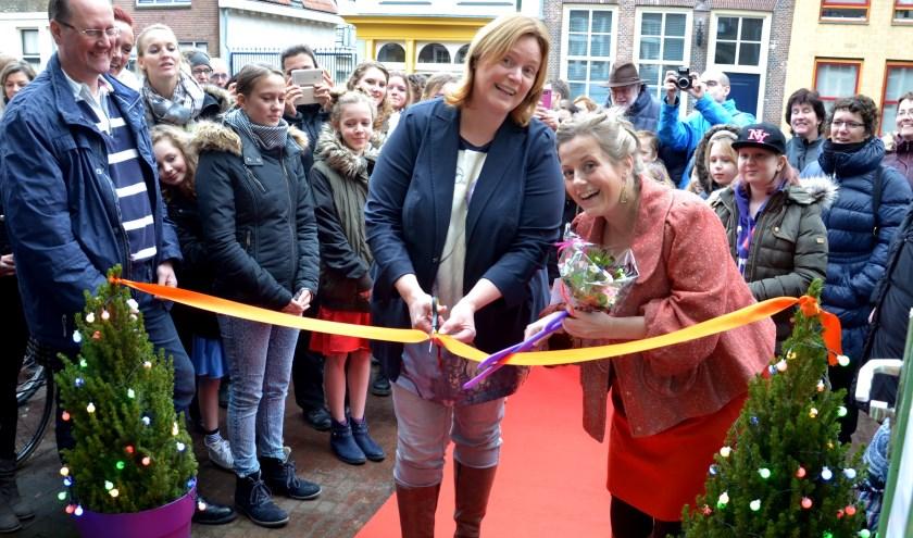 Toenmalig wethouder Daphne Bergman opende samen met Marike Folles Mirakel Musicaltheater eind 2014. Foto: Marianka Peters