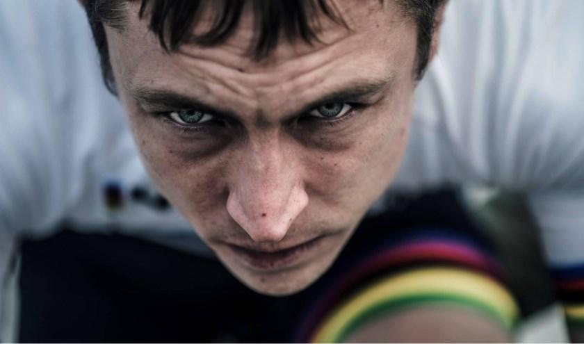 De hoofdfilm Engel is geïnspireerd op het tragische levenseinde van voormalig wielrenner Frank Vandenbroucke. Op het programma van de avond staan tevens drie korte voorfilms en een documentaire.