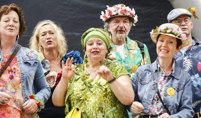 Zaterdag in het centrum van Hengelo: Korenfestival Amusing. Foto: Fon constandse