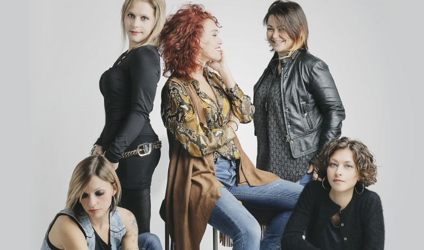 Het Italiaanse Strange Kind of Women,bestaande uit vijf rockchicks, is de enige vrouwelijke Deep Purple-band wereldwijd.