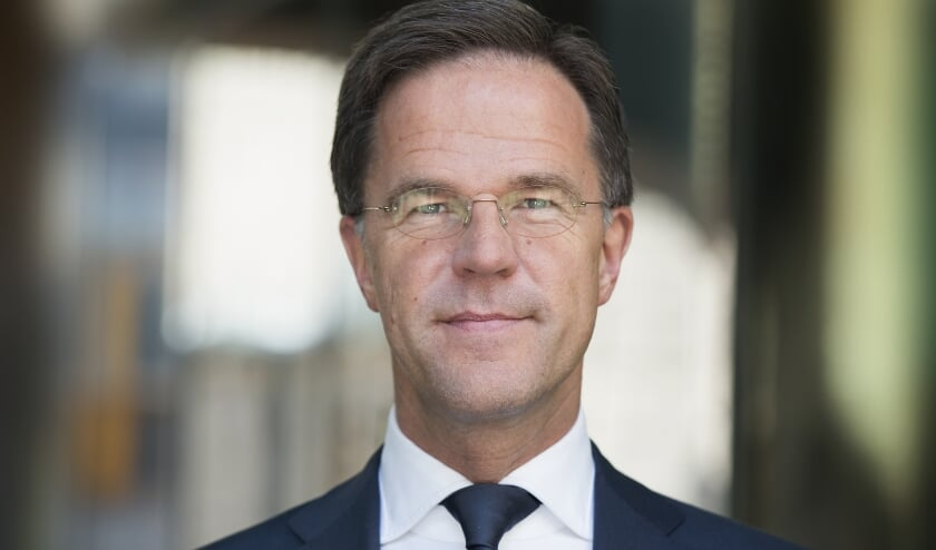 Premier Rutte praat met de burgemeesters van Rotterdam, Amsterdam en Den Haag over nieuwe coronamaatregelen.