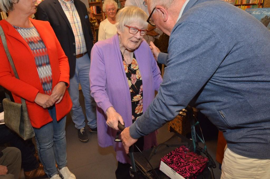 Bertha Gaasbeek was de eerste die haar levensverhaal vertelde aan Co.  © DPG Media