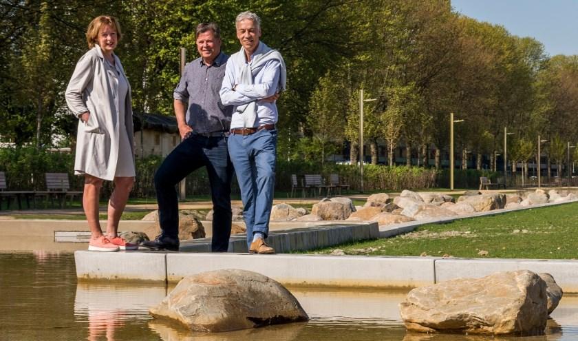 Het dagelijks bestuur van het Spoorpark. V.l.n.r. Anita de Haas, Noud Derks en Johan Dunnewijk. Foto: Stadsfotograaf Chris Oomes