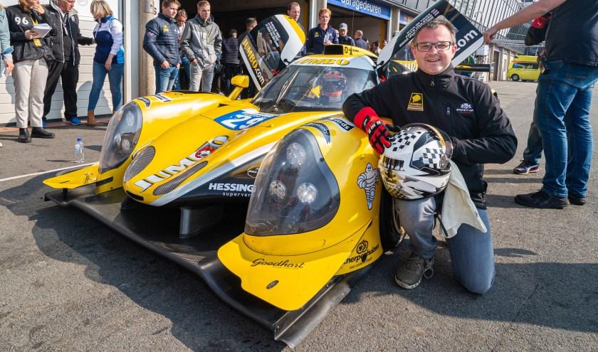 Jumbo klant Maikel van Melis racet met ruim 250 km per uur over het circuit van Zandvoort tijdens de Jumbo Racedagen.