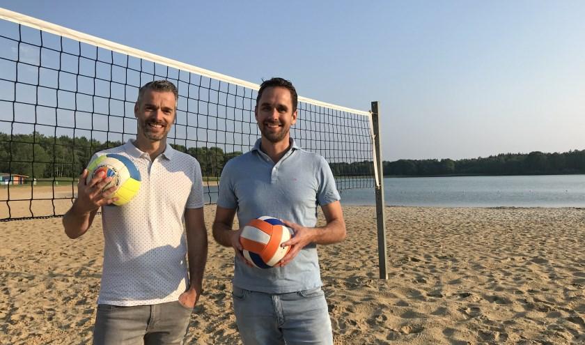 Sander de Graaf en Pim Buiting zijn namens Ormi als beachcommissie verantwoordelijk voor de organisatie.