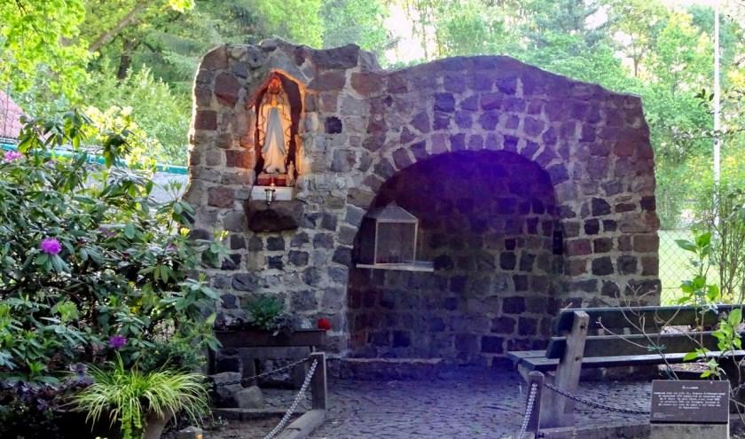 Mariakapel op Heers door het gilde in 1990 gebouwd ter vervanging van een vorige kapel die in deze buurt stond. FOTO: Dré Verhagen