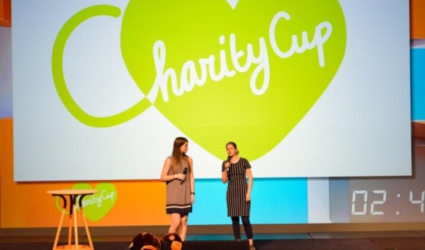 Charity Cup aan het pitchen voor de jury. Foto: Jostijn Ligtvoet Fotografie.