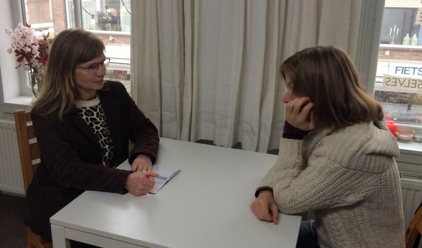 Elke derde woensdag van de maand kan men een individueel gesprek van een uur aanvragen met Ellen van 't Erve.